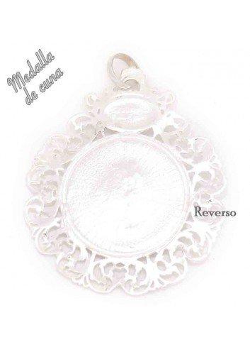 REVERSO Medalla de cuna Virgen de la Cabeza sobre nácar