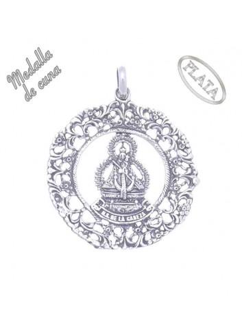 Medalla de cuna Virgen de la Cabeza calada plata