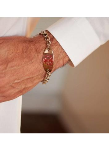 pulsera-alerta-medica-hombre-acero-oval en mano
