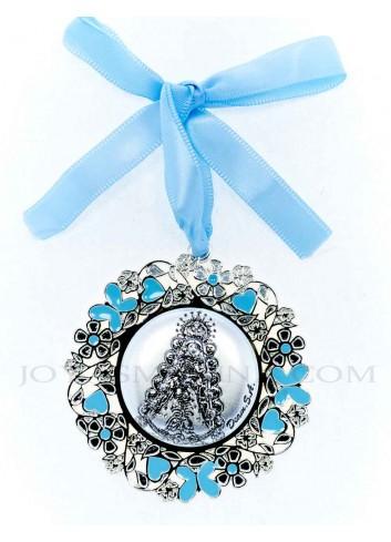 Medalla cuna Virgen Rocío flores azul redonda