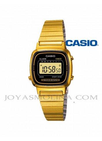 Reloj Casio digital plateado mujer