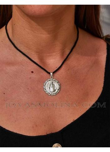 Medalla Virgen del Rocío plata liz