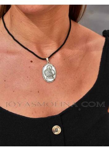 Medalla Virgen de la Cabeza mujer plata nácar oval