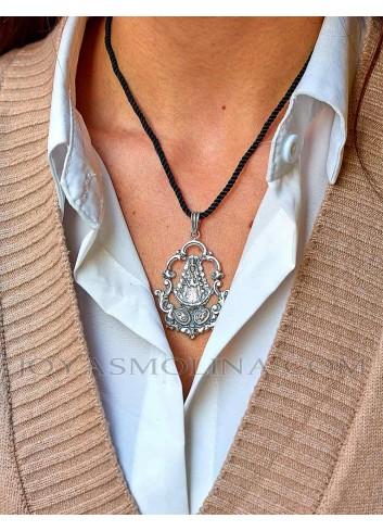 Medalla Virgen del Rocío plata mujer