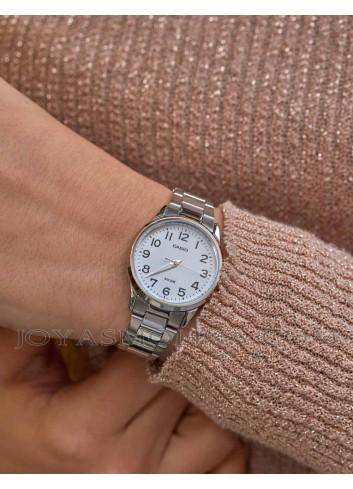 Reloj de mujer casio con esfera legible moda