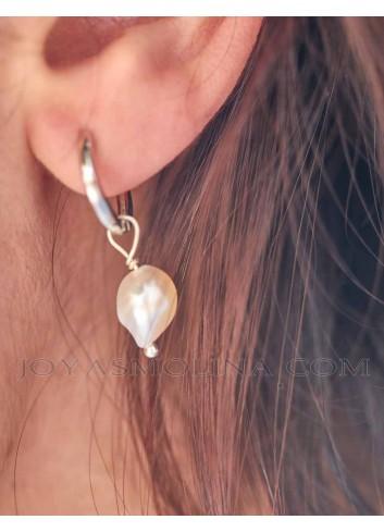 Pendiente aro con perla mujer