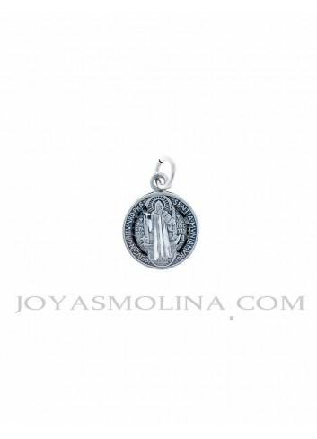 Medalla plata San Benito pequeña